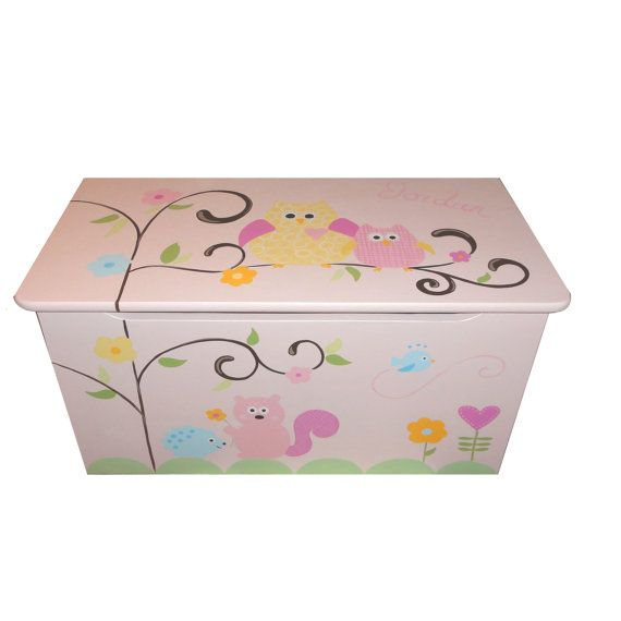 childrens wooden toy box hooo loves pink chunky monkey owls bentleys room wooden toy boxes. Black Bedroom Furniture Sets. Home Design Ideas