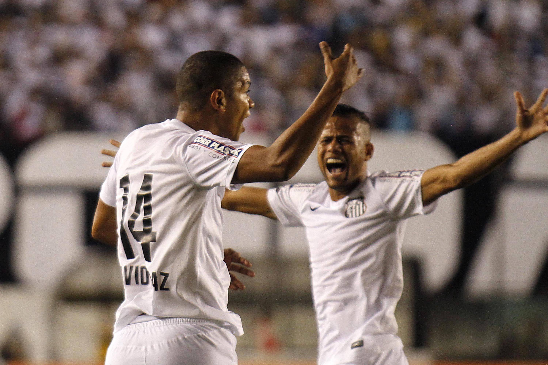 Esportes: Santos elimina o Figueirense e pega São Paulo na semifinal