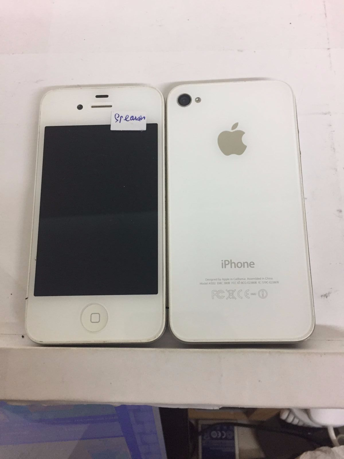 Apple iPhone 4-8 GB-WHITE(AT&T)FULLY FUNCTIONAL-BROKEN SPEAKER-GOOD CONDITION https://t.co/sWiV5lF28o https://t.co/mKVxYDfjQV