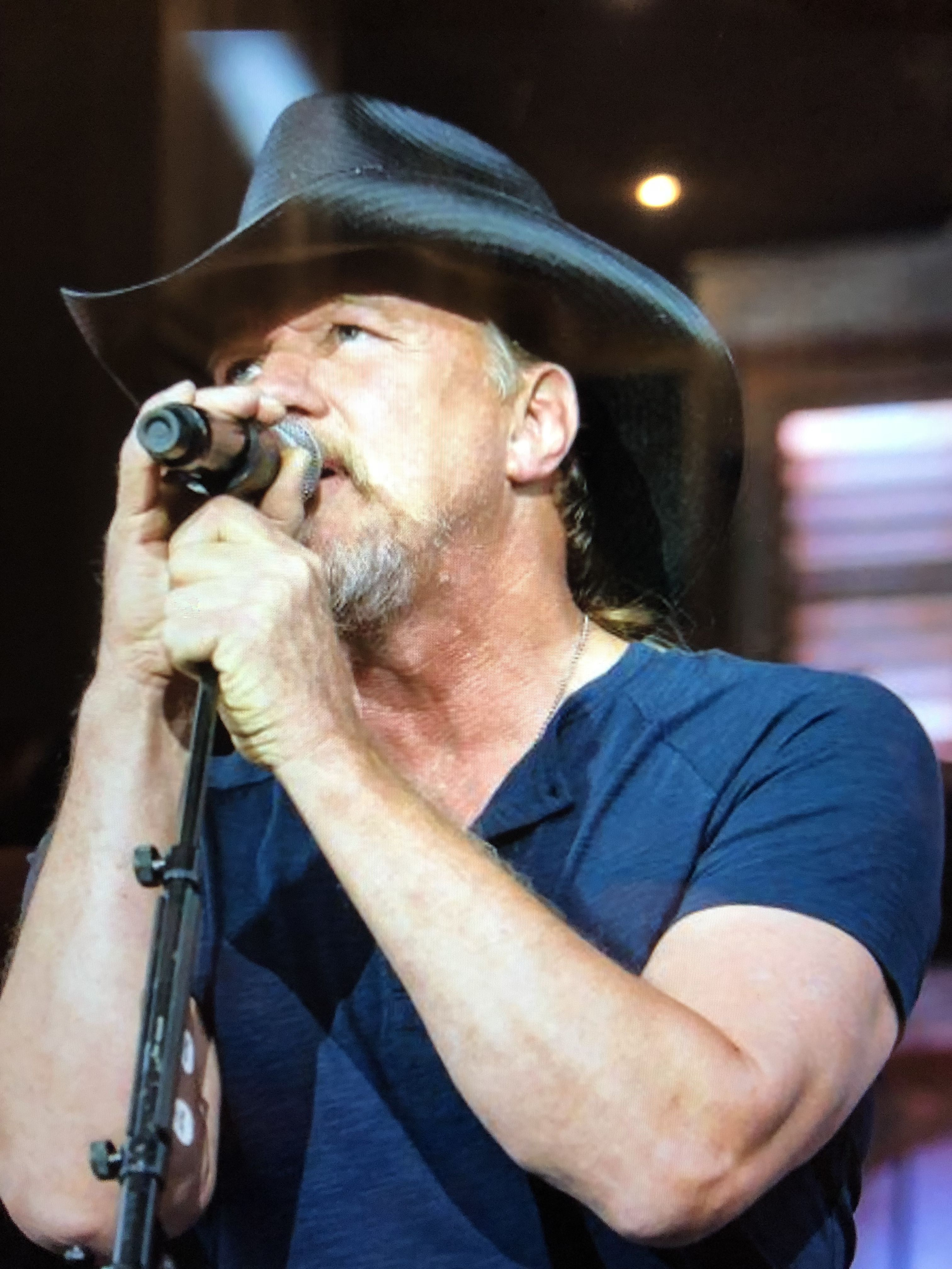Pin by caroleen gilley on trace adkins pinterest find this pin and more on trace adkins by caroleen kristyandbryce Choice Image