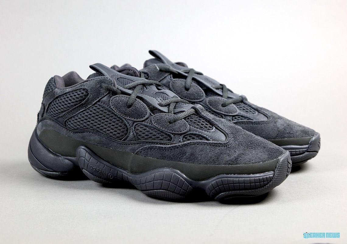 Bosque Abreviar explotar  adidas Yeezy 500 Utility Black - Unboxing Video | SneakerNews.com | Nike  shoes girls, Yeezy 500, Adidas yeezy