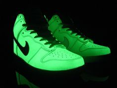 fd156a103265 Glow In The Dark shoes