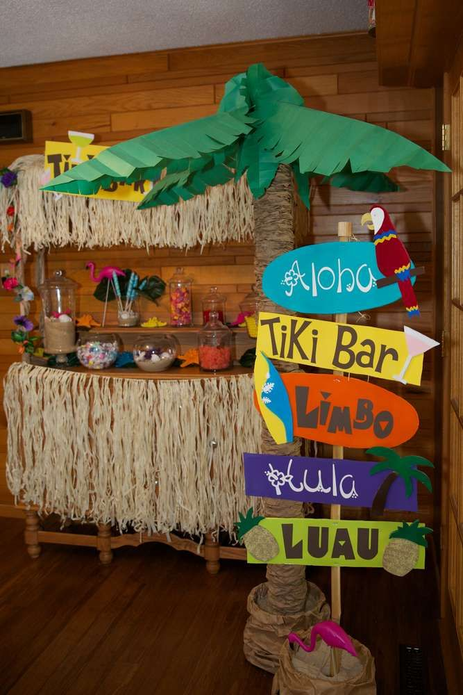 Luau hawaiian birthday party ideas pinterest luau for Beach bar decorating ideas
