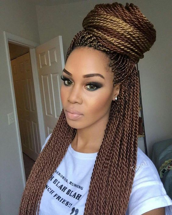 Twist Hairstyle Mesmerizing Loving Her Makeup And The Color Of Her Senegalese Twistmaketiwiri