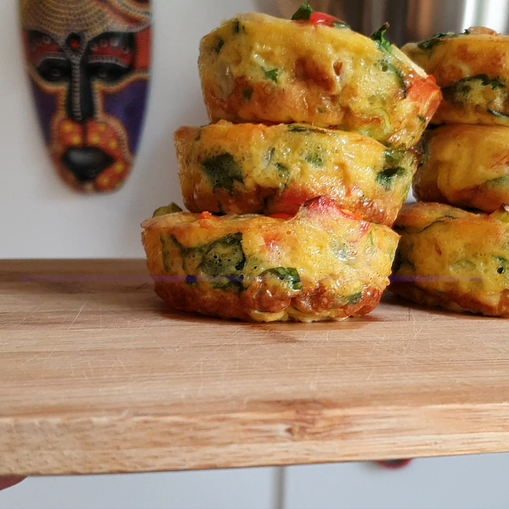 Bell pepper spicy egg muffins #bellpeppers