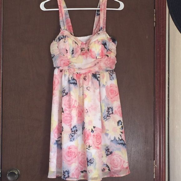 Candies medium dress Very cute Candies dress! Only worn once!! Size medium, not made for busty ladies. Let me know if you have questions. Candie's Dresses