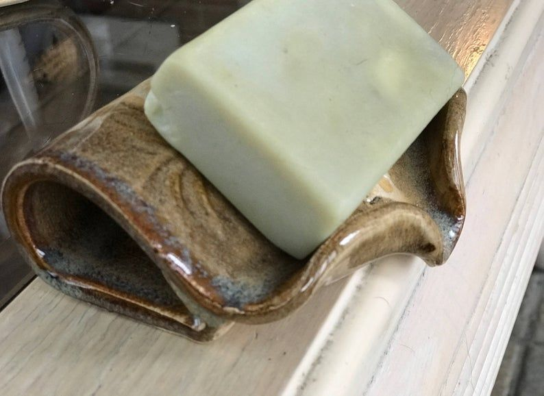Self Draining Soap Dish Bone and Waterfall Brown |