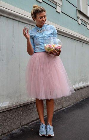 Джинсовая рубашка розовая юбка