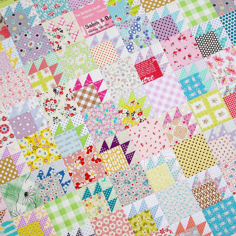 Scrappy Bear Paw Quilt | Red Pepper Quilts 2015. Love this pattern ... : redpepper quilts - Adamdwight.com