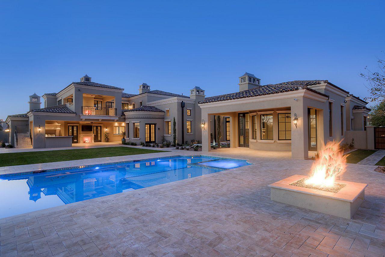Captivating 18 Formal Mediterranean Luxury Home Backyard