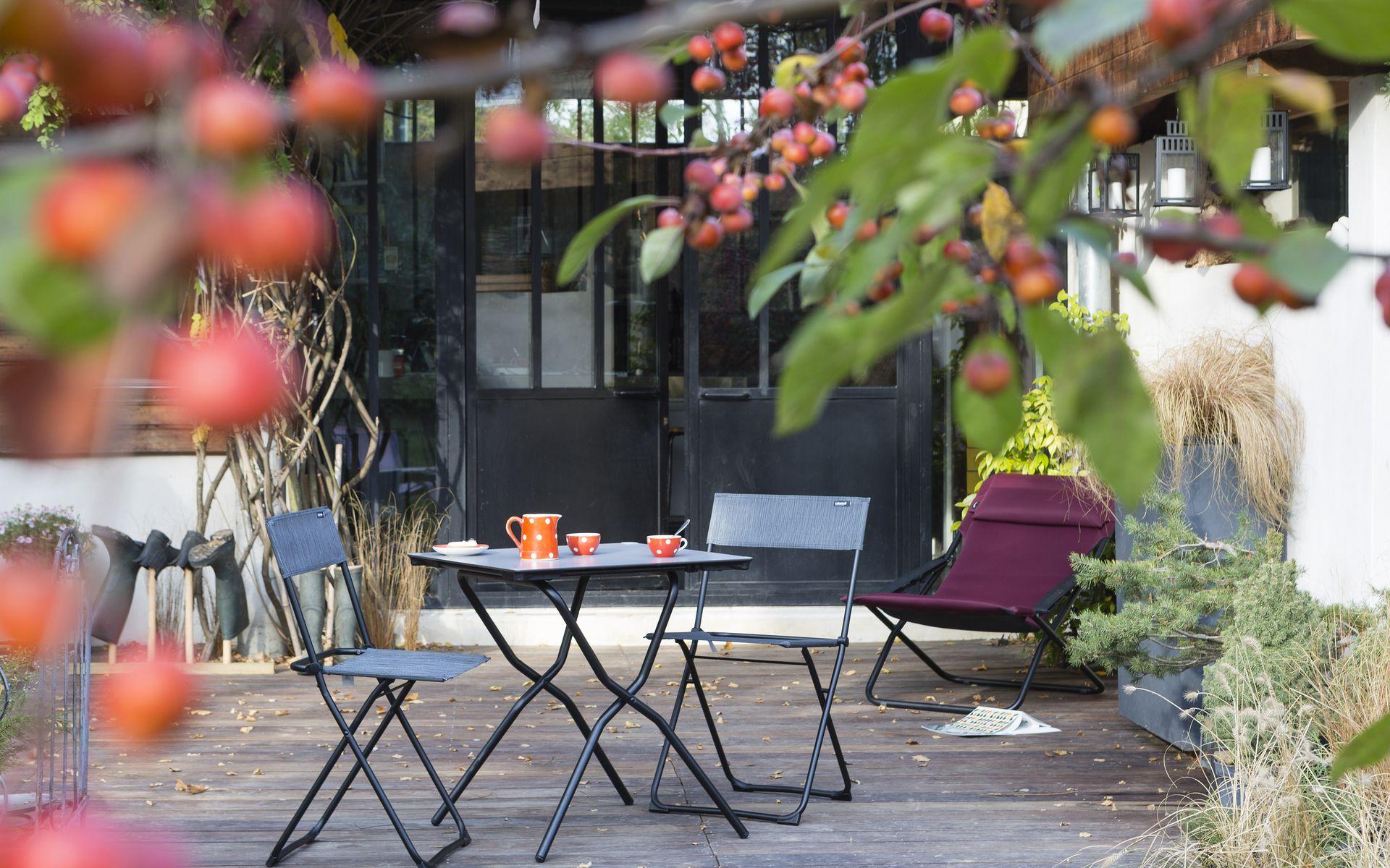 Retrouvez la sélection de mobilier extérieur @lecdrerouge ...