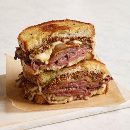 French Onion & Roast Beef Grilled Cheese Sandwich Recipe