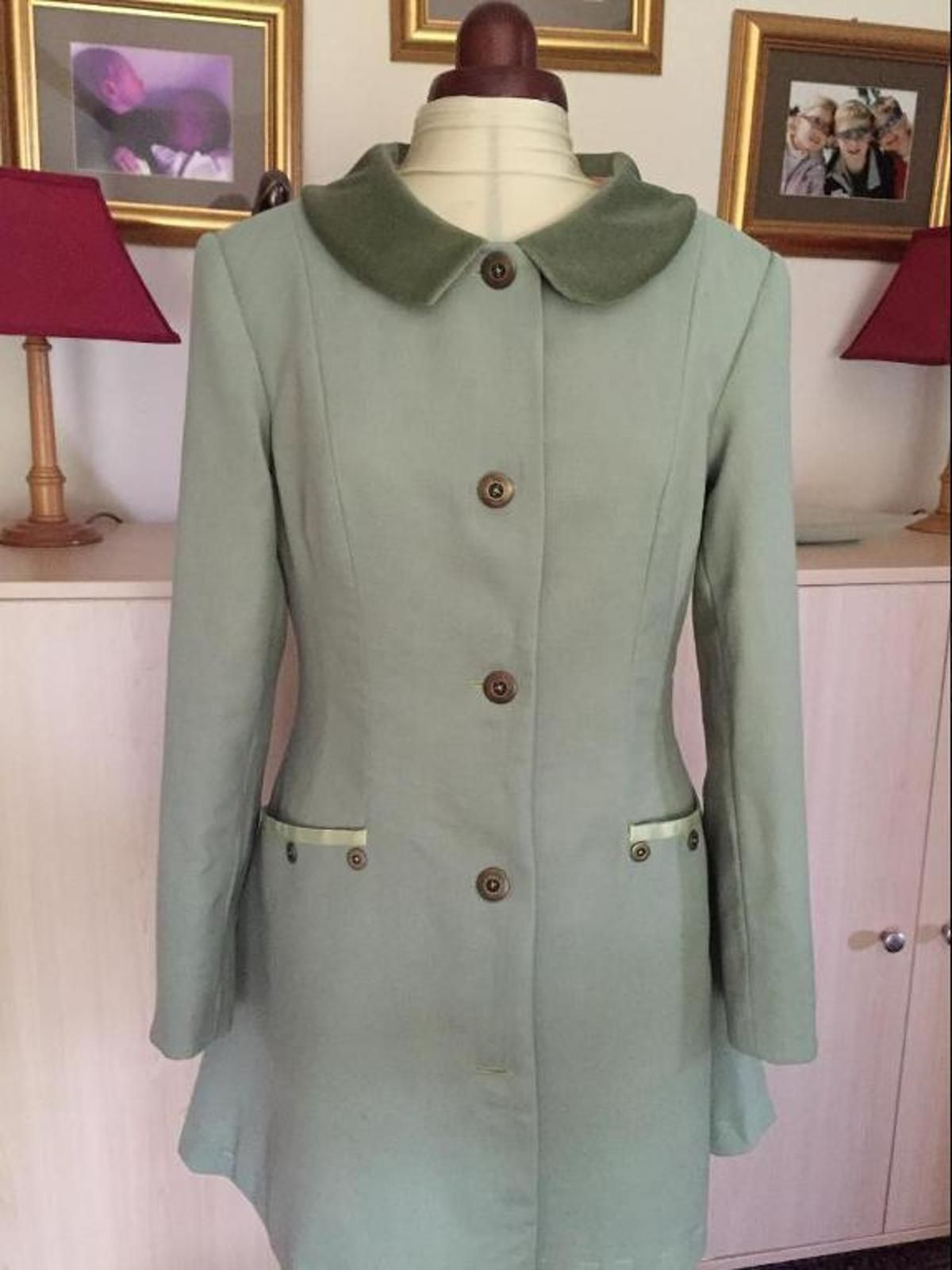 Lightweight Wool Coat | Vogue Coat Making Class on Craftsy ...