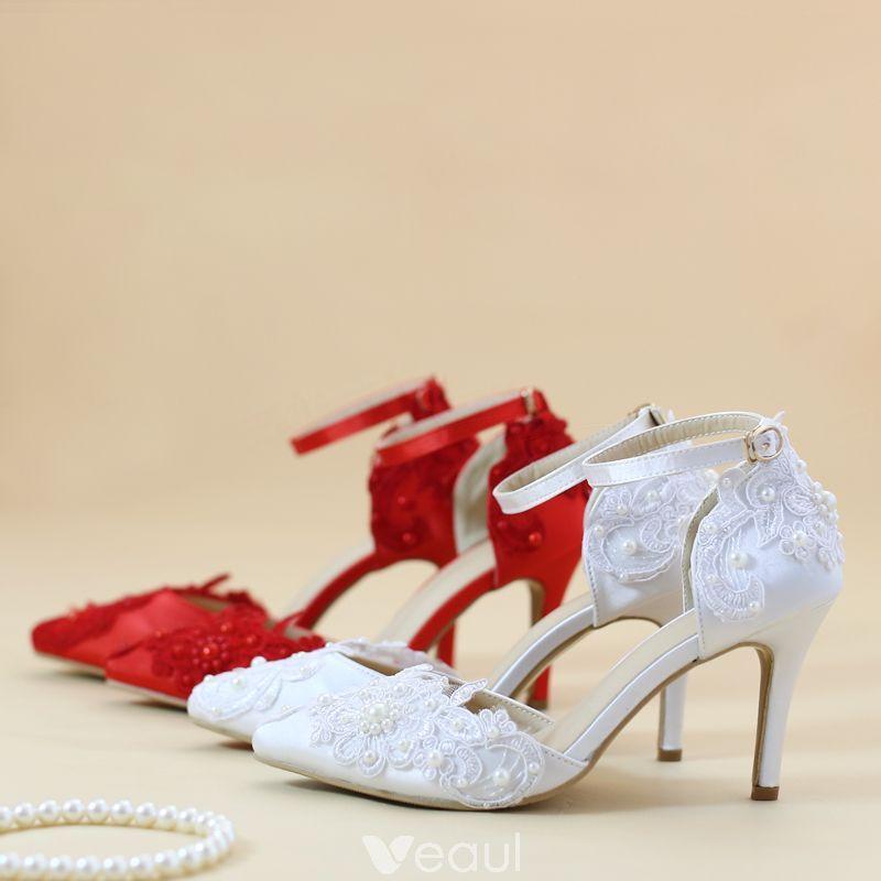 Niedrogie Biale Buty Slubne 2019 Z Paskiem Z Koronki Kwiat Perla 8 Cm Szpilki Szpiczaste Slub Wysokie Obcasy Bridal Shoes Shoes Wedding Shoe
