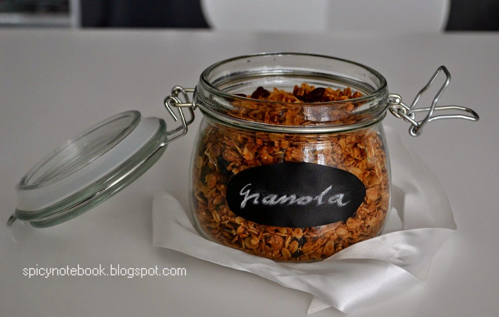 Easy and delicious granola recipe | Granola, Granola ...