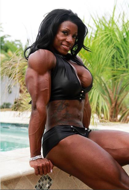 Ebenholz weibliche Muskeln