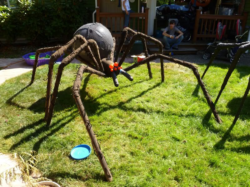 Prop Showcase Giant Spider Build From Tk421 Page 13 Halloween Yard Props Halloween Props Halloween Outdoor Decorations