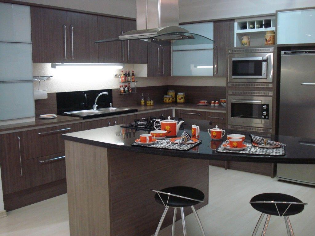 Cozinhas planejadas modernas: fotos de lindas cozinhas sob medida ...