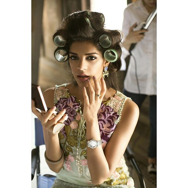 Kohinoor Indian Fashion N Beauty Brisbane: The #CrimsonLuxebySairaShakira Campaign Captures The