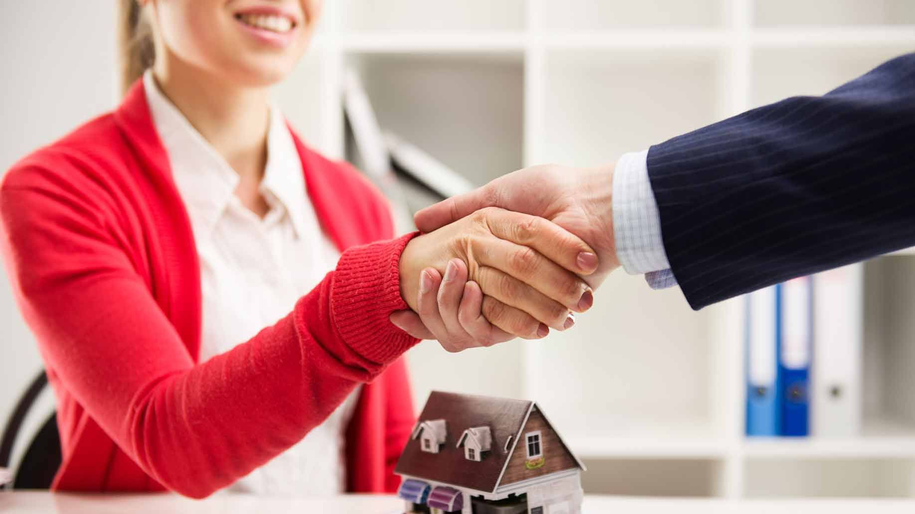 Realtor Homebuyer Handshake Agreement  Buying A Home