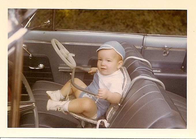 A Car Seat In The 50 S I Remember My Sister And Brother