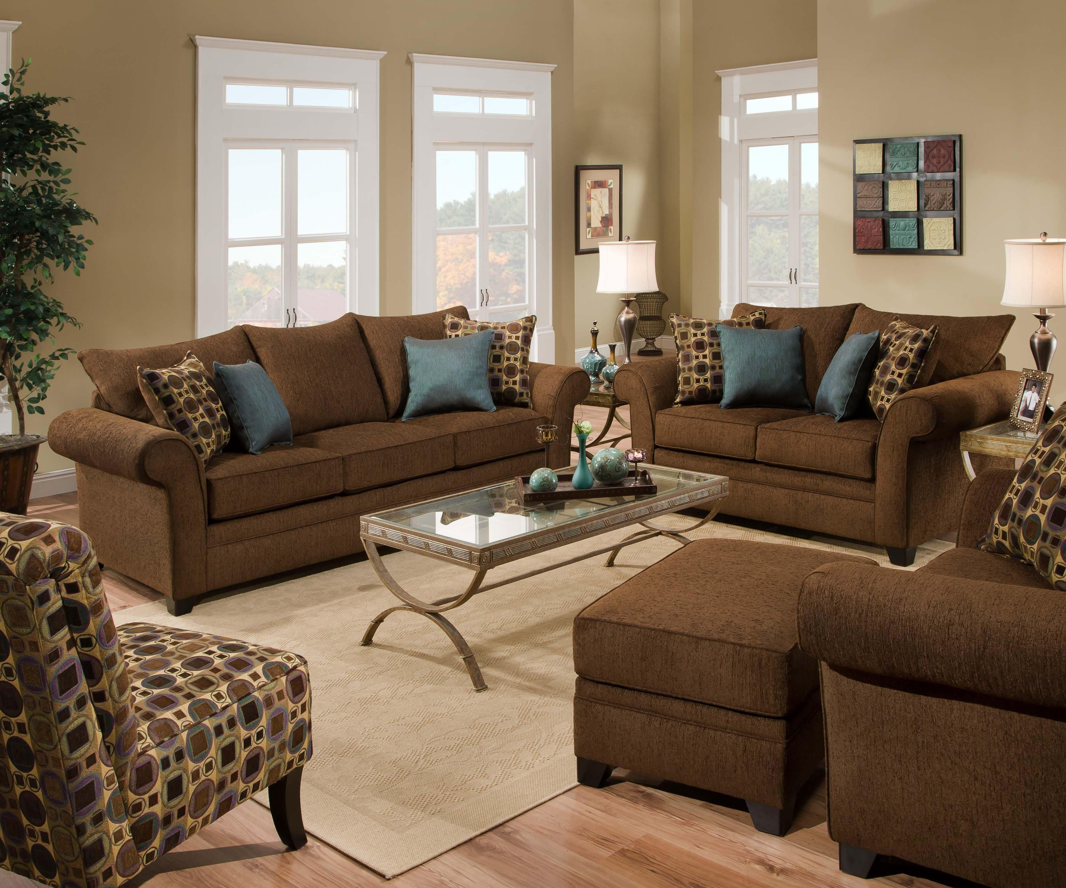 Best Pin By Christine Bello On Living Room Brown Living Room 400 x 300