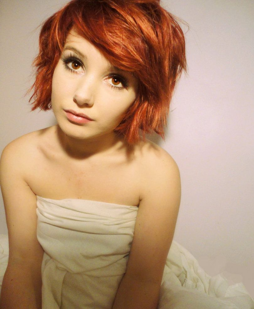 Lovely short red hair and brown eyes Short red hair Red hair and