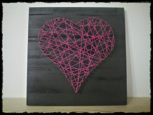 coeur fils tendus string art pinterest fils planches de bois et coeur. Black Bedroom Furniture Sets. Home Design Ideas