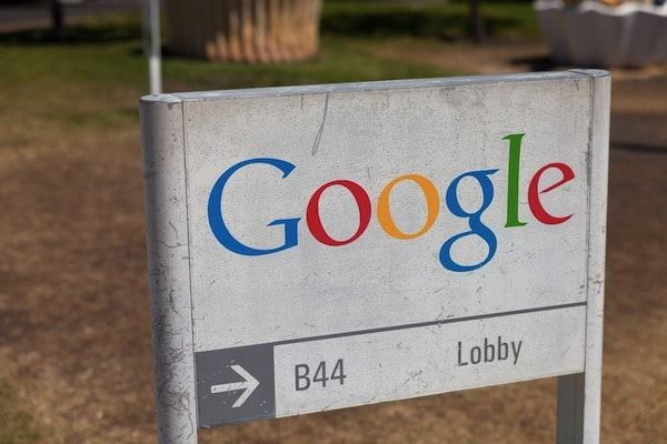 New Google algorithm restricts access to left-wing, progressive web sites
