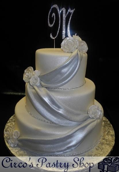 silver fondant wedding cake banner white and silver wedding cake fondant tiered cake 19860