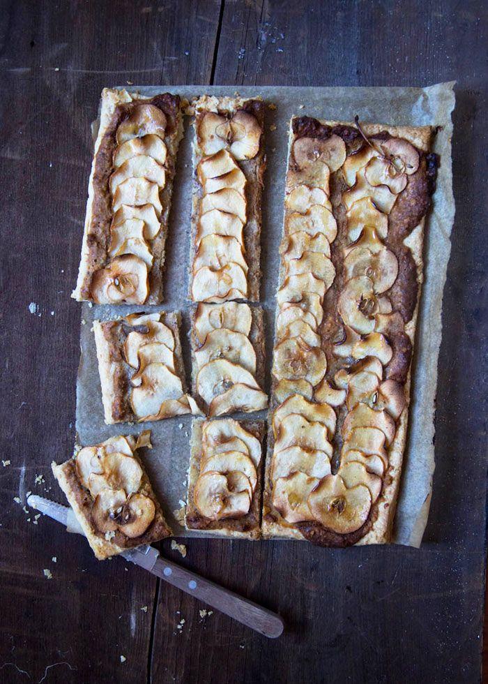 Il Cavoletto di Bruxelles | Tarte noix, pommes et miel | http://www.cavolettodibruxelles.it/