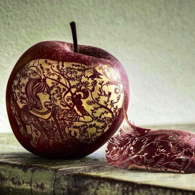 Apple carving cool stuff pinterest apples fruit art
