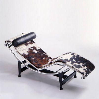Peau De Vache Decoration Escalier Chaise Longue Le Corbusier Deco Maison De Campagne