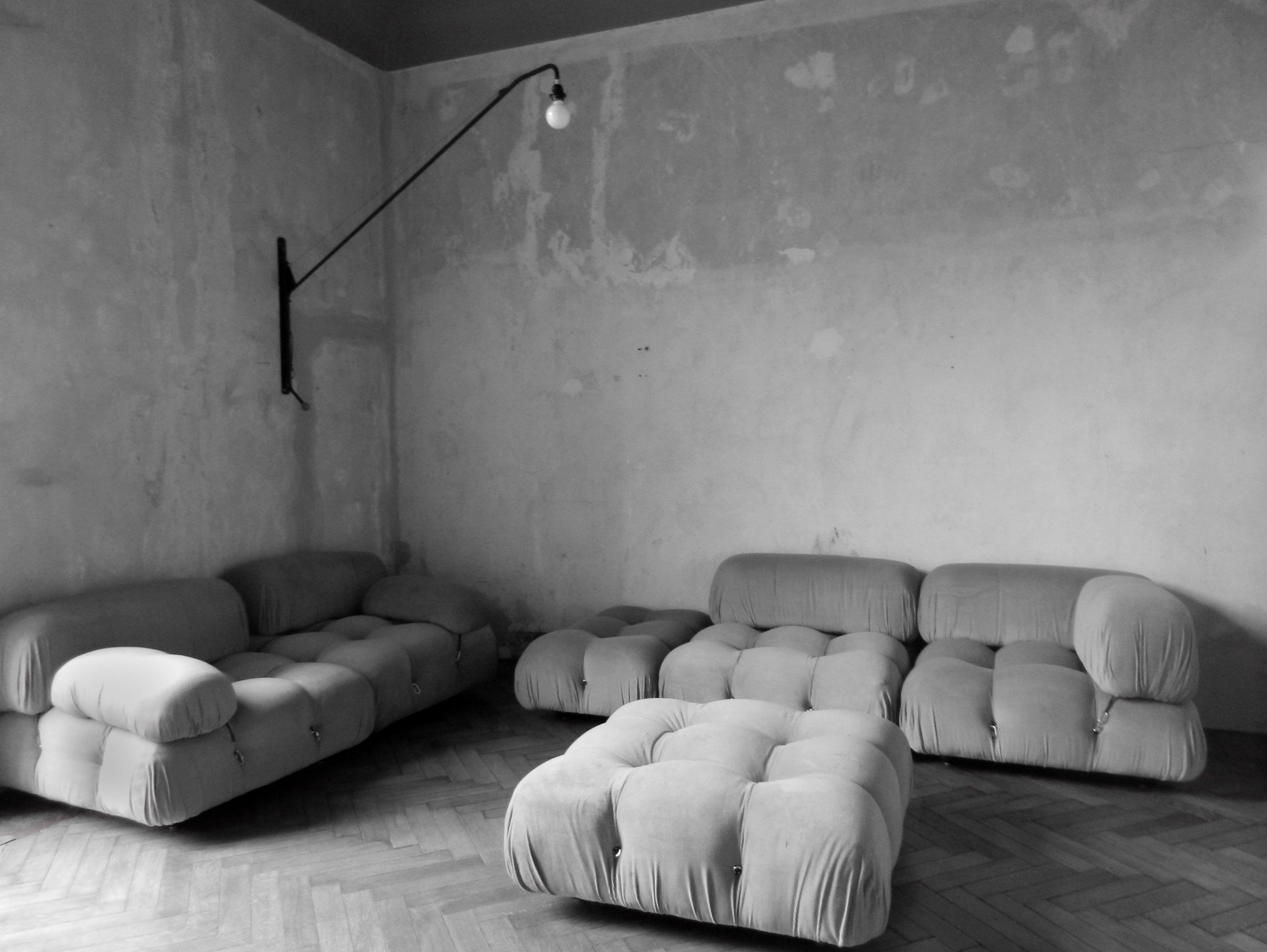 B & B Italia design sofa by Mario Bellini Camaleonda 1970