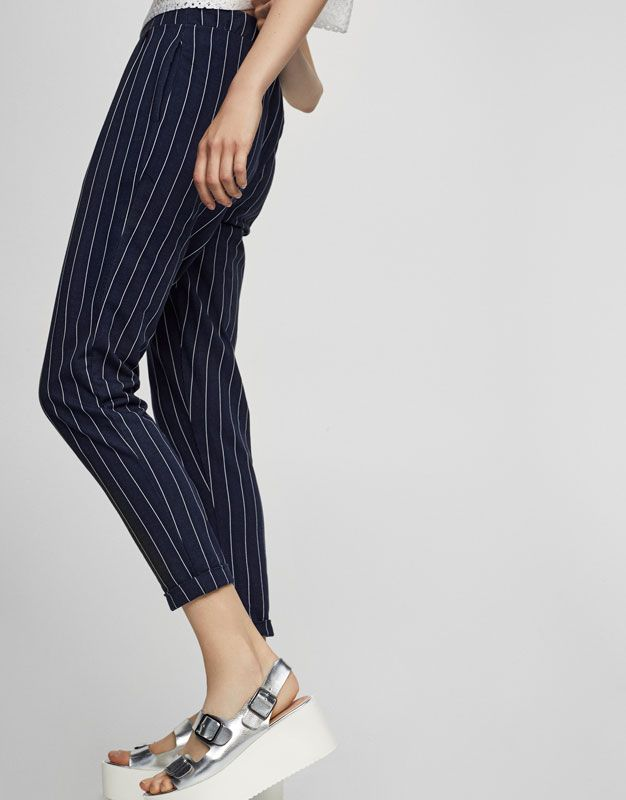 Smart pinstripe trousers - Trousers - Clothing - Woman - PULL BEAR France 744463ba5d9c