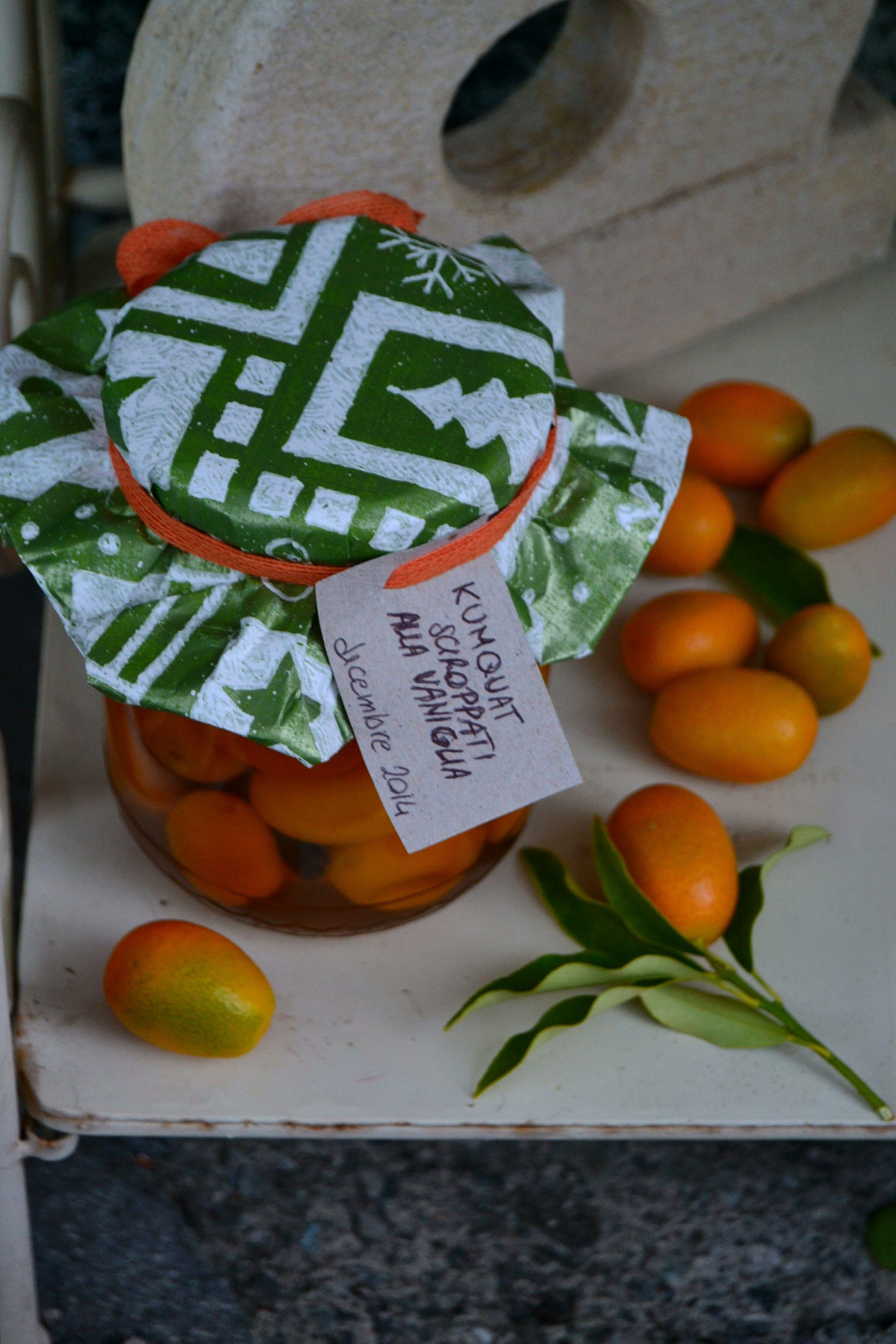 Kumquat sciroppati alla vaniglia -  vanilla syrup kumquat