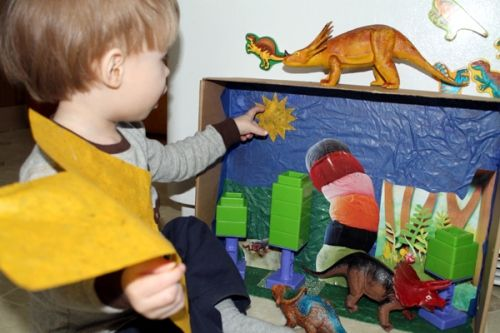 Make Your Own Diorama: DIY Diorama For Kid's Toys