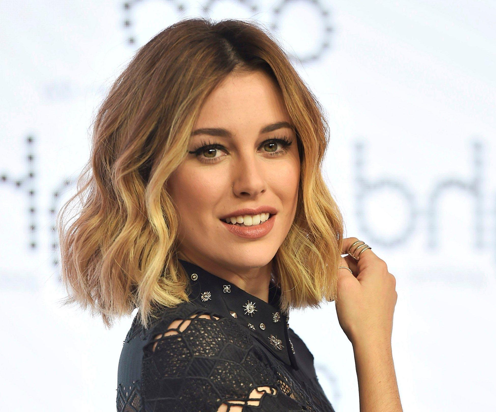 En una tendencia ascendente peinados con ondas media melena Imagen de ideas de color de pelo - Pin en MEDIA MELENA CON FLEQUILLO