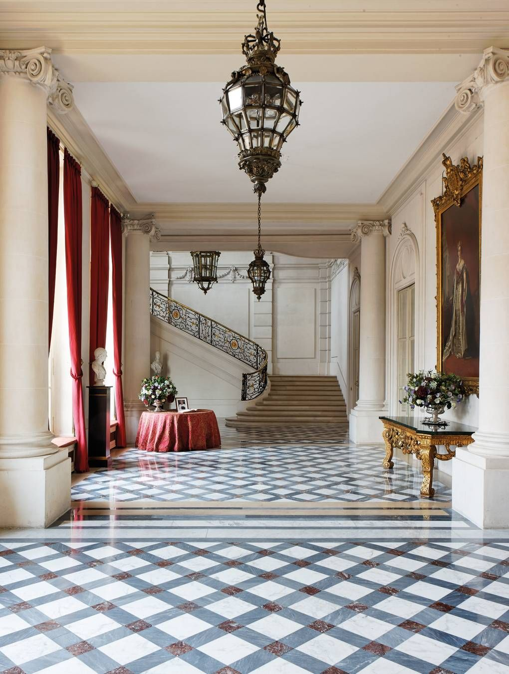 A rare and fascinating look inside Paris' ambassadorial residences