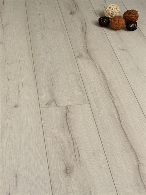12mm White Rip Oak Laminate Flooring Strawberry Hill Pinterest