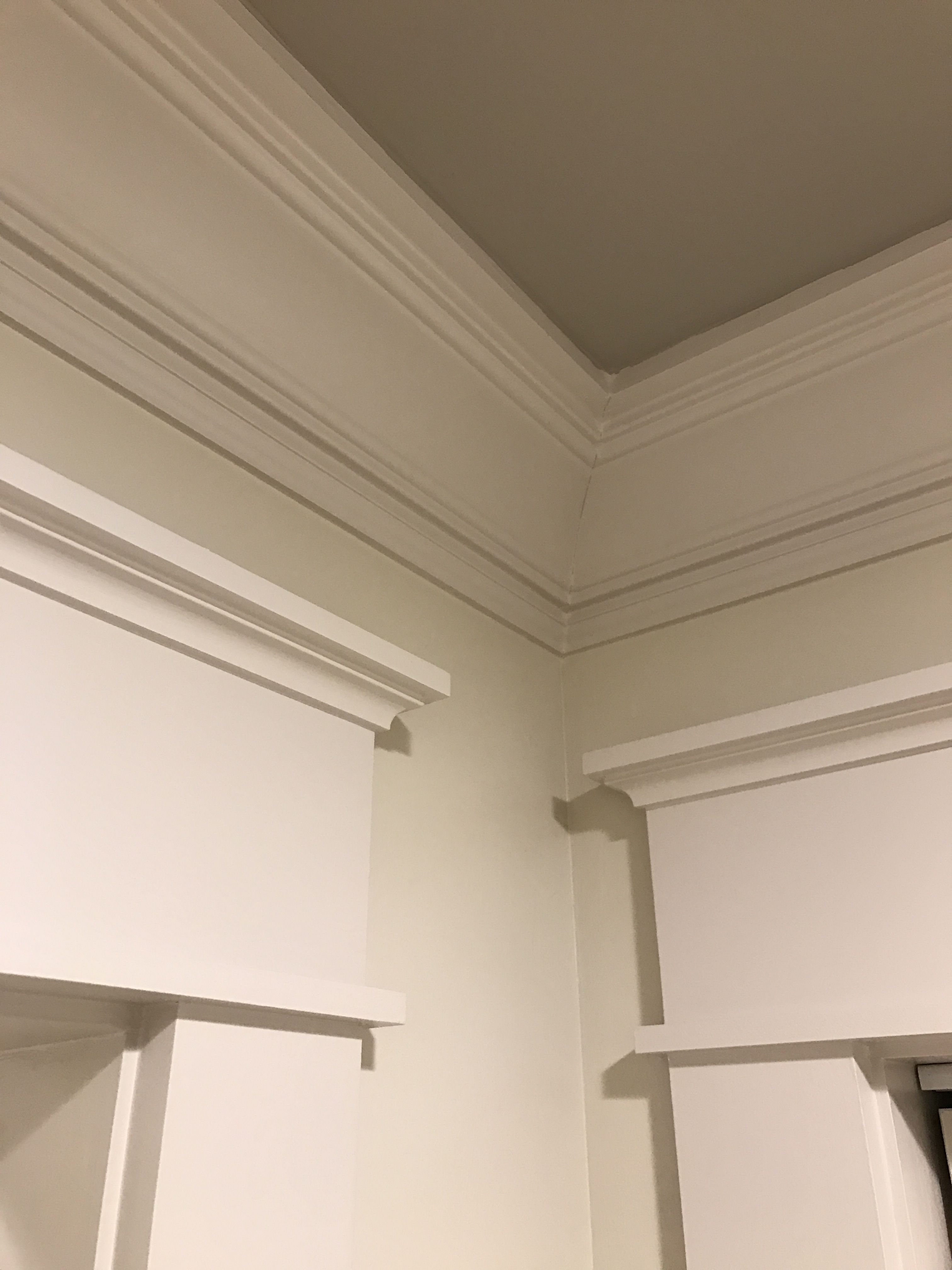 Delicieux Completed Craftsman Inside Corner Showing 3 Piece Crown Mold And Door  Headers