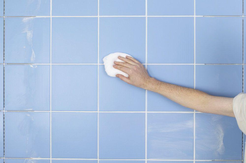 C mo quitar manchas de moho de la pared quitar manchas - Quitar manchas humedad pared ...
