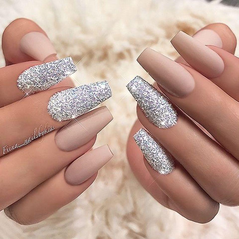 Sweet Acrylic Nails Ideas For Winter 34 Silver Glitter Nails Nail Designs Summer Acrylic Fake Nails