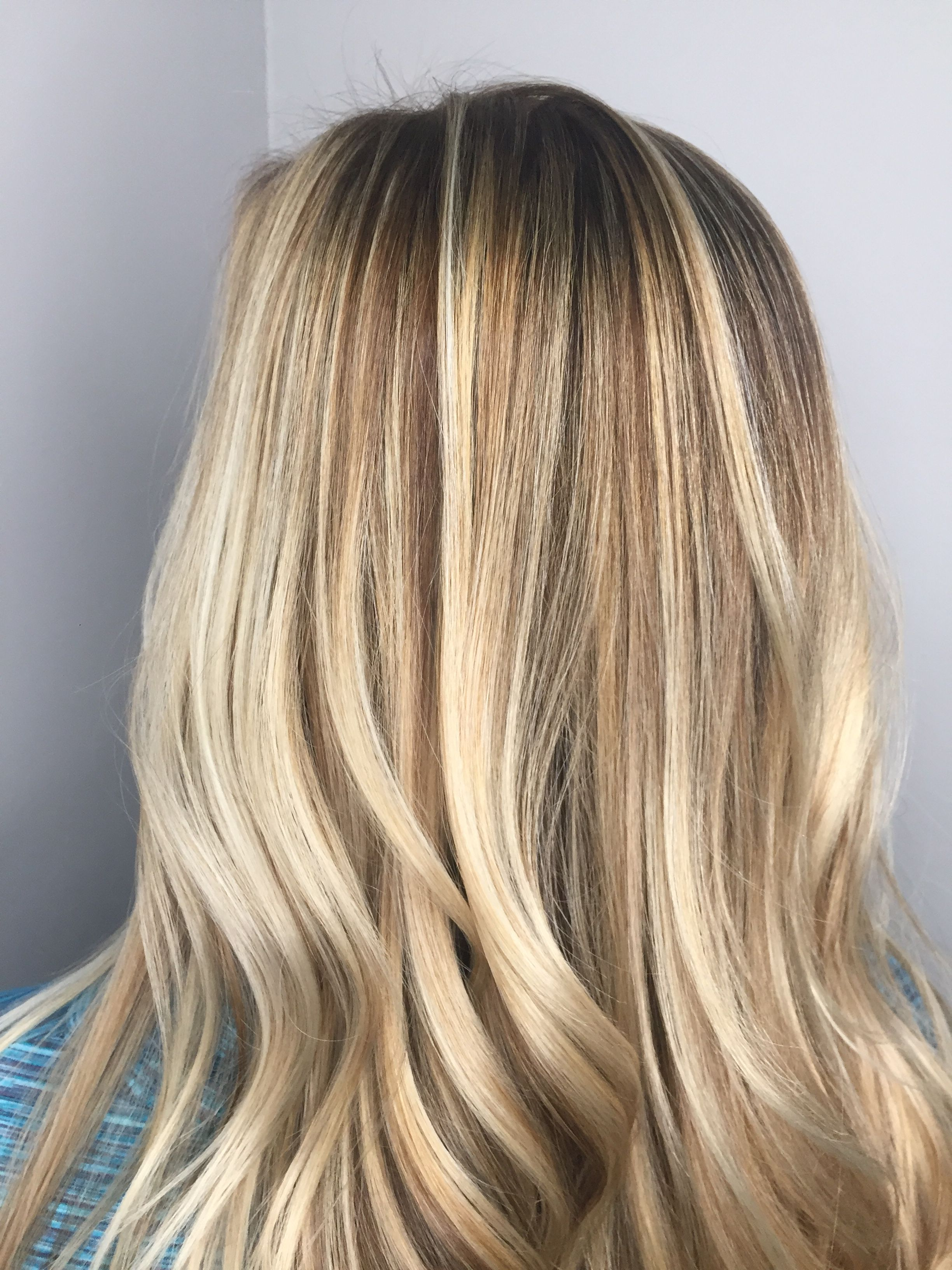 Rooted Root Shadow Melt Colormelt Balayage Honey Blonde Golden
