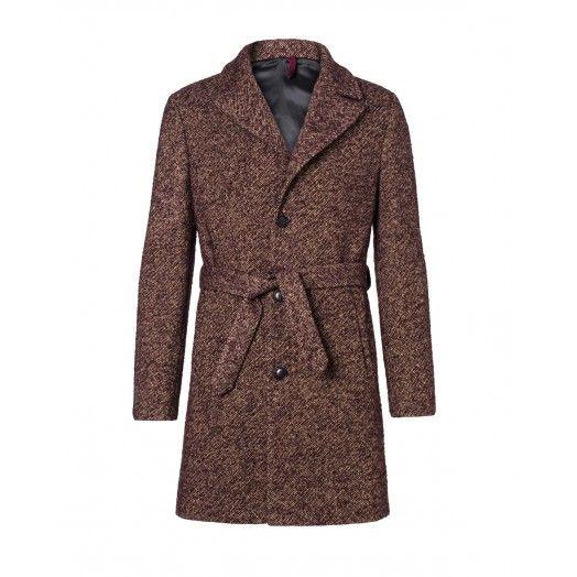 Cappotto, in tweed di lana e mohair, modello vestaglia, con cintura.Fit leggermente over, spalla scesa e rever grande. Chiuso davanti con bottoni.