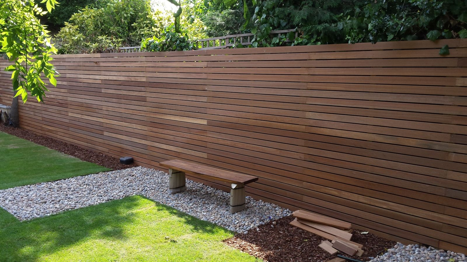 Superb Contemporary Garden Fencing In London   London Landscape Gardener