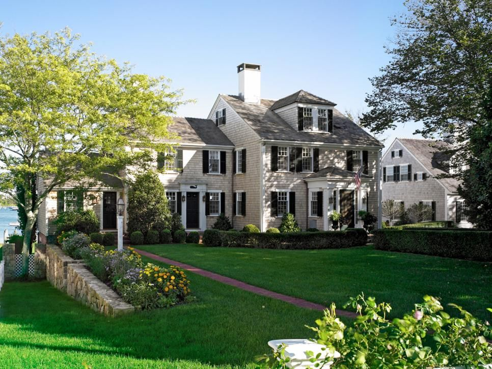 Architect patrick ahearns cottage garden hgtv dream