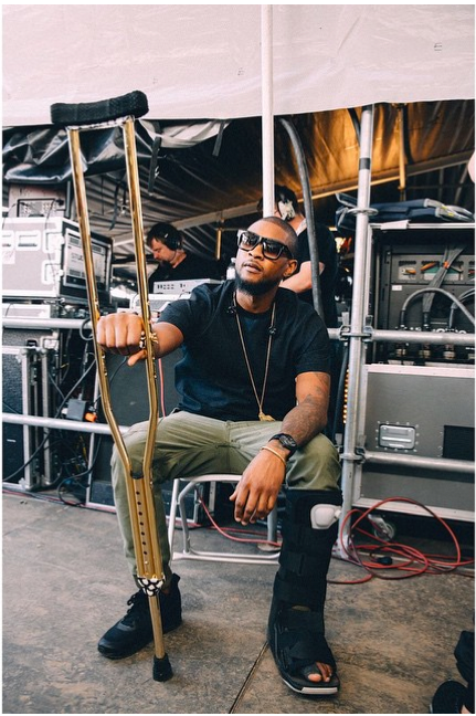 Usher's gold crutches are the greatest thing he's taken