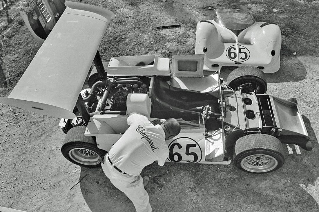 Prepping Hap Sharp's Chaparral 2E for the 1966 Nassau Trophy race. This photo reveals lots of details in the 2E's configuration and construction. It was the far and away the most advanced racing car to be introduced in 1966. Eric della Faille photo.