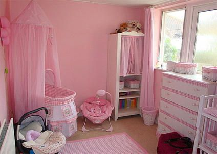 Nursery ideas: pretty in pink